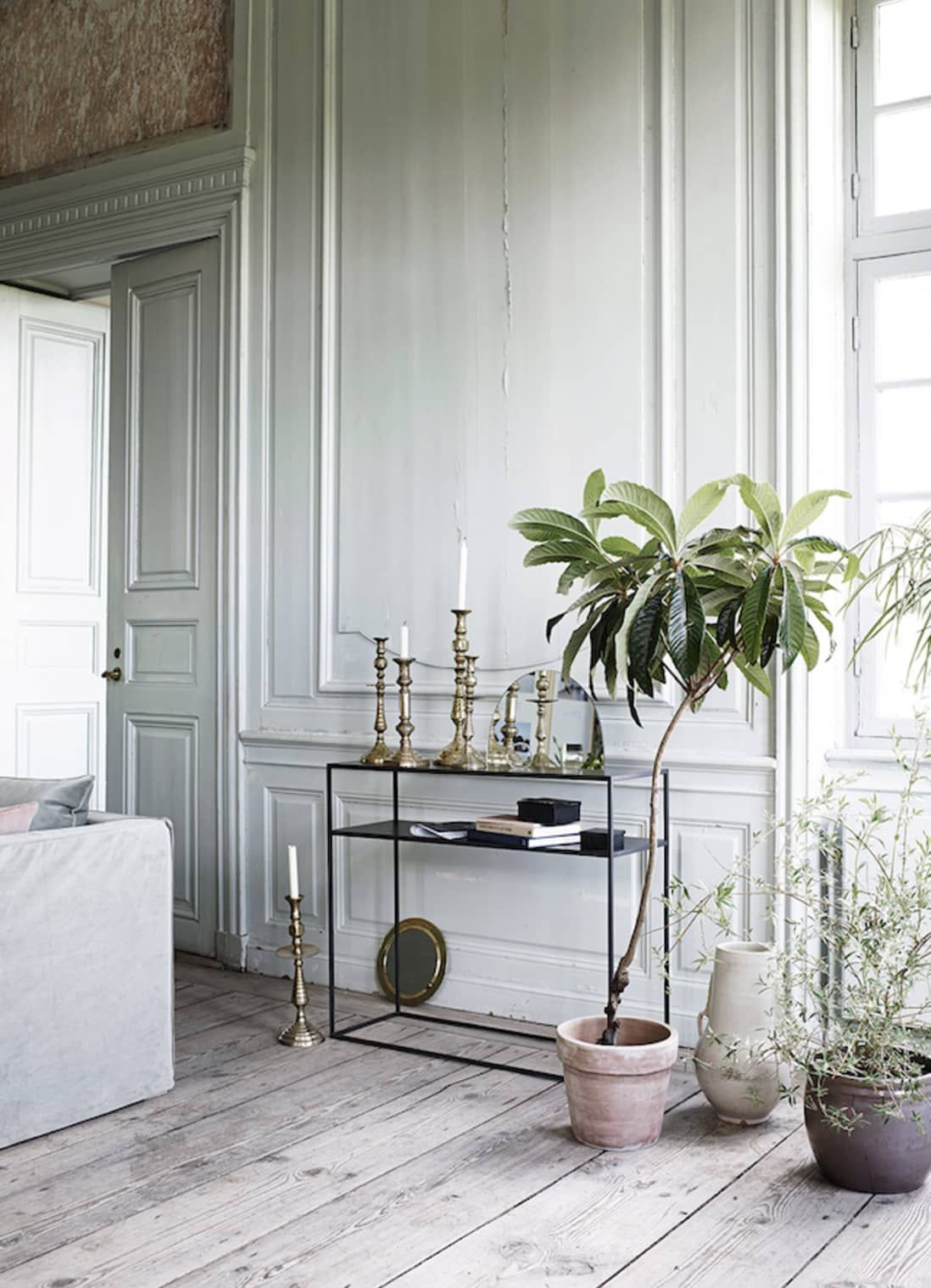 This Danish Castle Mixes Old World Style And Scandinavian Minimalism And It Is Fantastic In 2020 Modern Scandinavian Interior Scandinavian Interior Design Scandinavian Interior