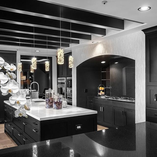 Black & white kitchen @KortenStEiN | Dream house☻ | Pinterest ...