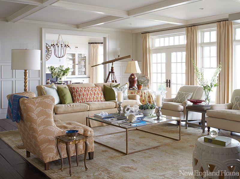 Interior designer Charlotte Barnes created this living room\'s ...