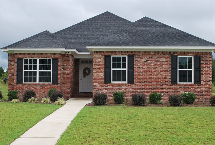 Brick Homes Offer Unlimited Style And Personality Options Such As This Home S Soldier Course Accent Band And Because They Re Beaut Small House Homeowner Brick