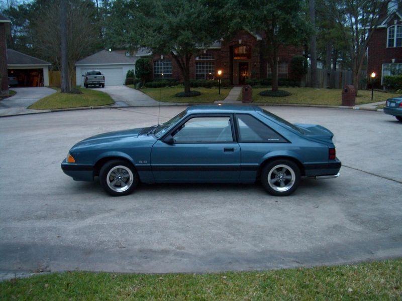 I Had A 1988 Ford Mustang Lx 5 0 Just Like This But Mine Had A Moon Roof Oh How I Miss You