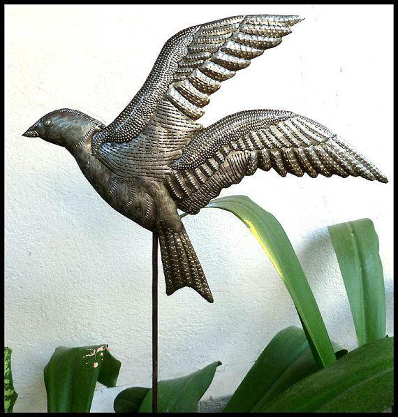 Garden Art, Plant Stick, Metal Bird, Garden Ornament, Yard Art