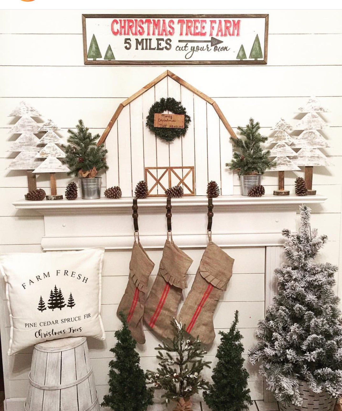 Pin By Jessica Anderson Kelber On Christmas Christmas Mantel Decorations Christmas Tree Farm Farmhouse Christmas Decor