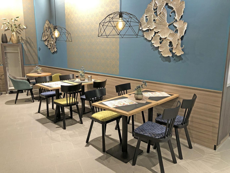 Backerei Cafe Einrichtung Stuhlfabrik Schnieder Gastronomie Mobel In 2020 Gastronomie Mobel Haus Deko Cafe