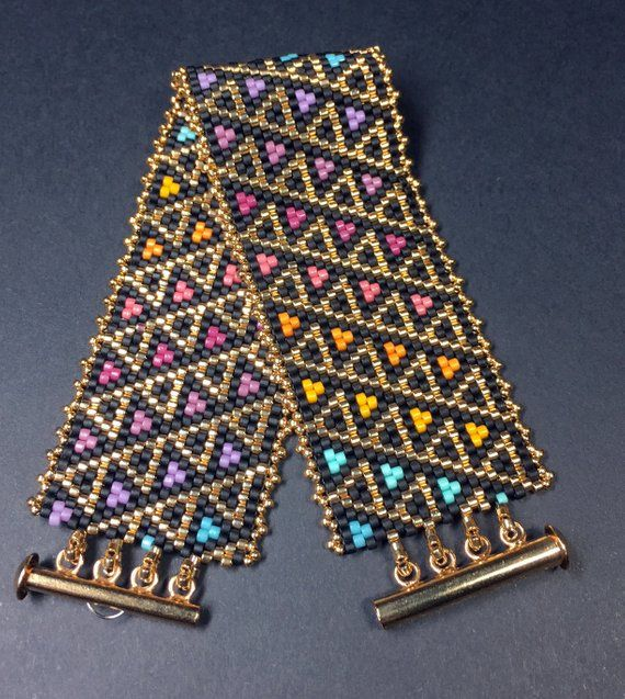 PATTERN - Single Peyote - Stained Glass Triangles Bracelet #craftstosell
