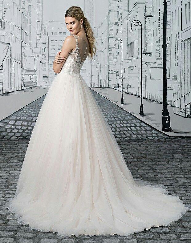 Pin von ΖΟΓΚΟΣ auf Wedding Dress | Pinterest