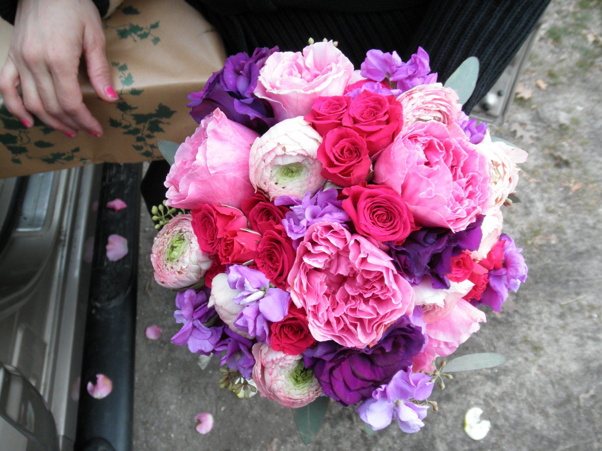 hot pink spray roses, pink garden roses, pink ranunculus, purple ...