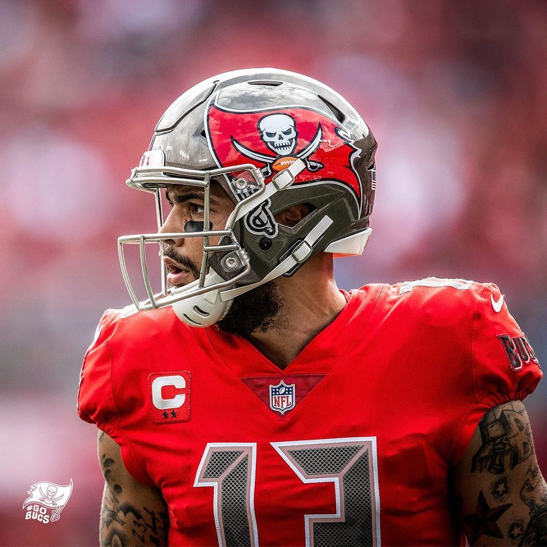 Pin By Wave 15 On Fire The Cannons Tampa Buccaneers Tampa Bay Buccaneers Buccaneers