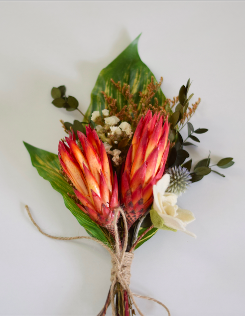 Dried Protea Flowers Sfgirlbybay In 2020 Protea Flower Dried Flowers Dried Flower Bouquet