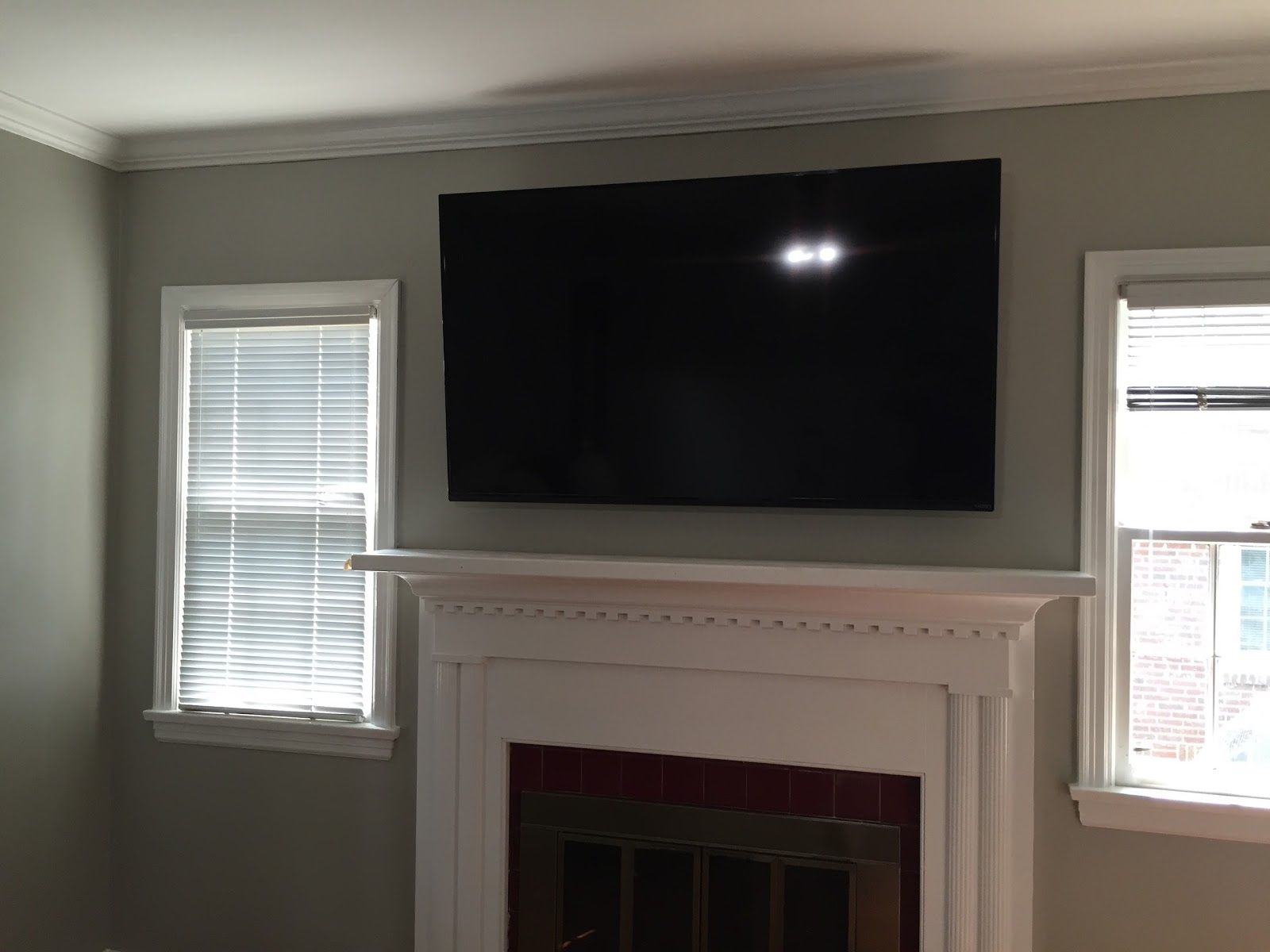 Mount Tv On Brick Wall Hide Wires Http Bottomunion Com  # Muebles Bobrick