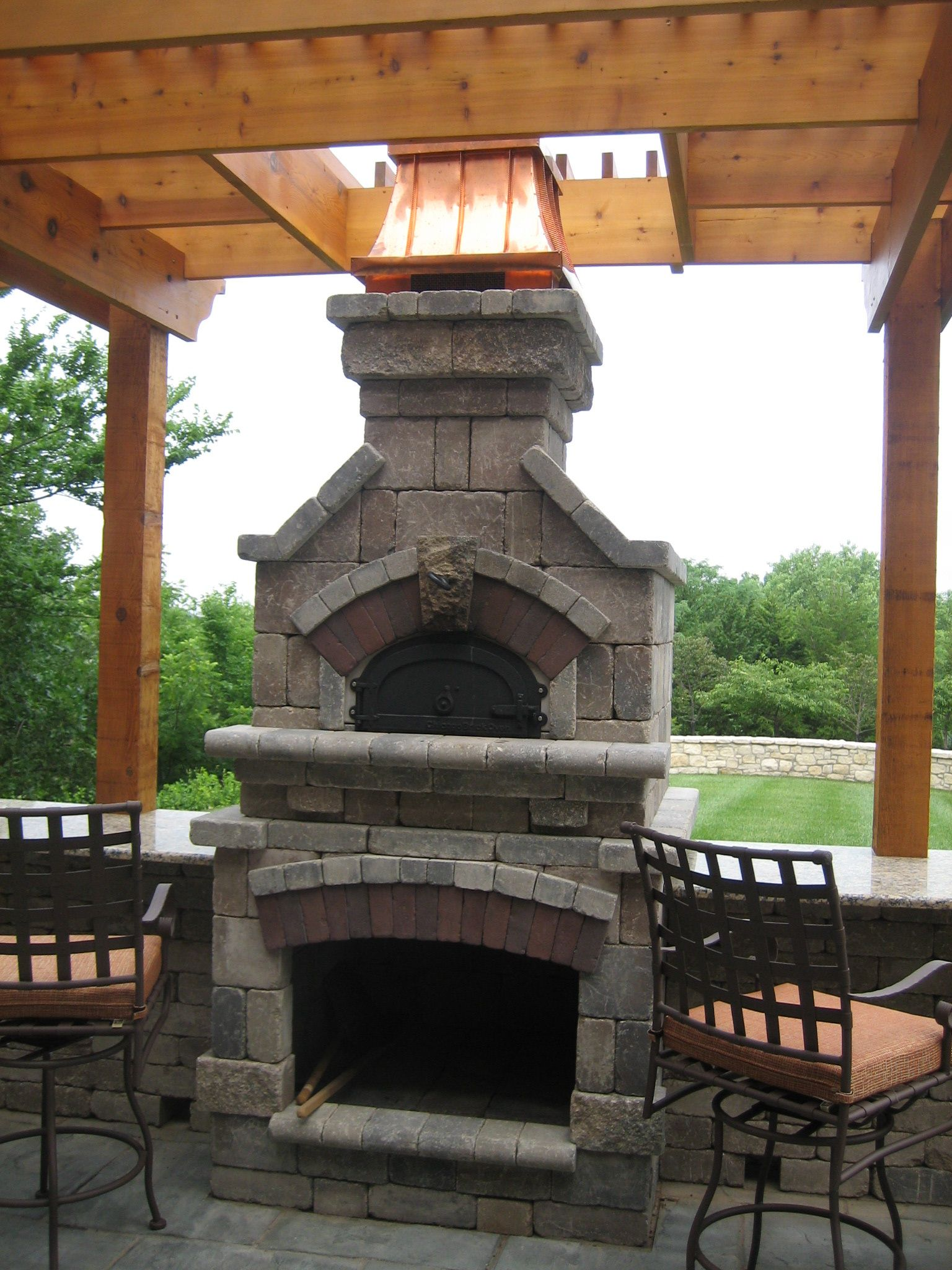 Outdoor Fireplaces · Temptress