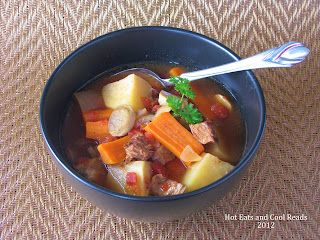 Slow Cooker Beef and Tomato Vegetable Soup Recipe
