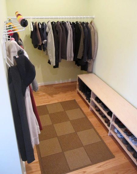 Before & After: Jackie\'s Mudroom and DIY Bench