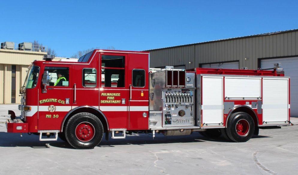 2016 Pierce Arrow Xt W 450 Hp Cummins Hale 1500 Gpm 500 Gwt Side Mount Pump W Walkthrough Specially Designed Low In 2020 Fire Trucks Fire Department Fire Engine