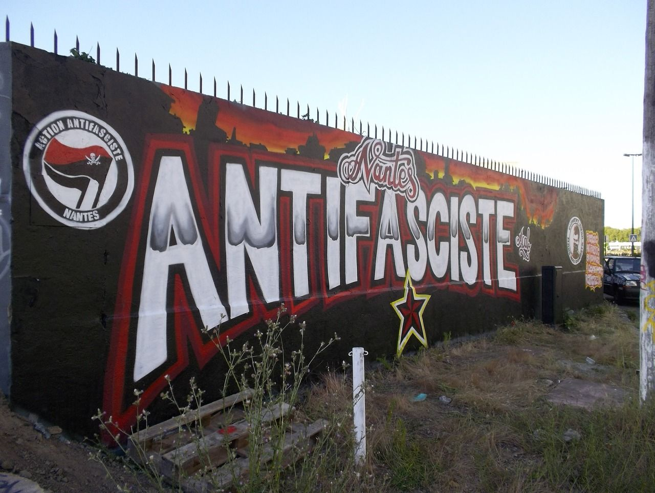 More antifa street art