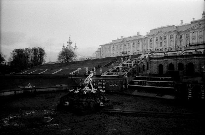 Desde el Teatro Mikhailovsky de San Petersburgo, Andrea Santolaya fotografía el mundo del Ballet Ruso.