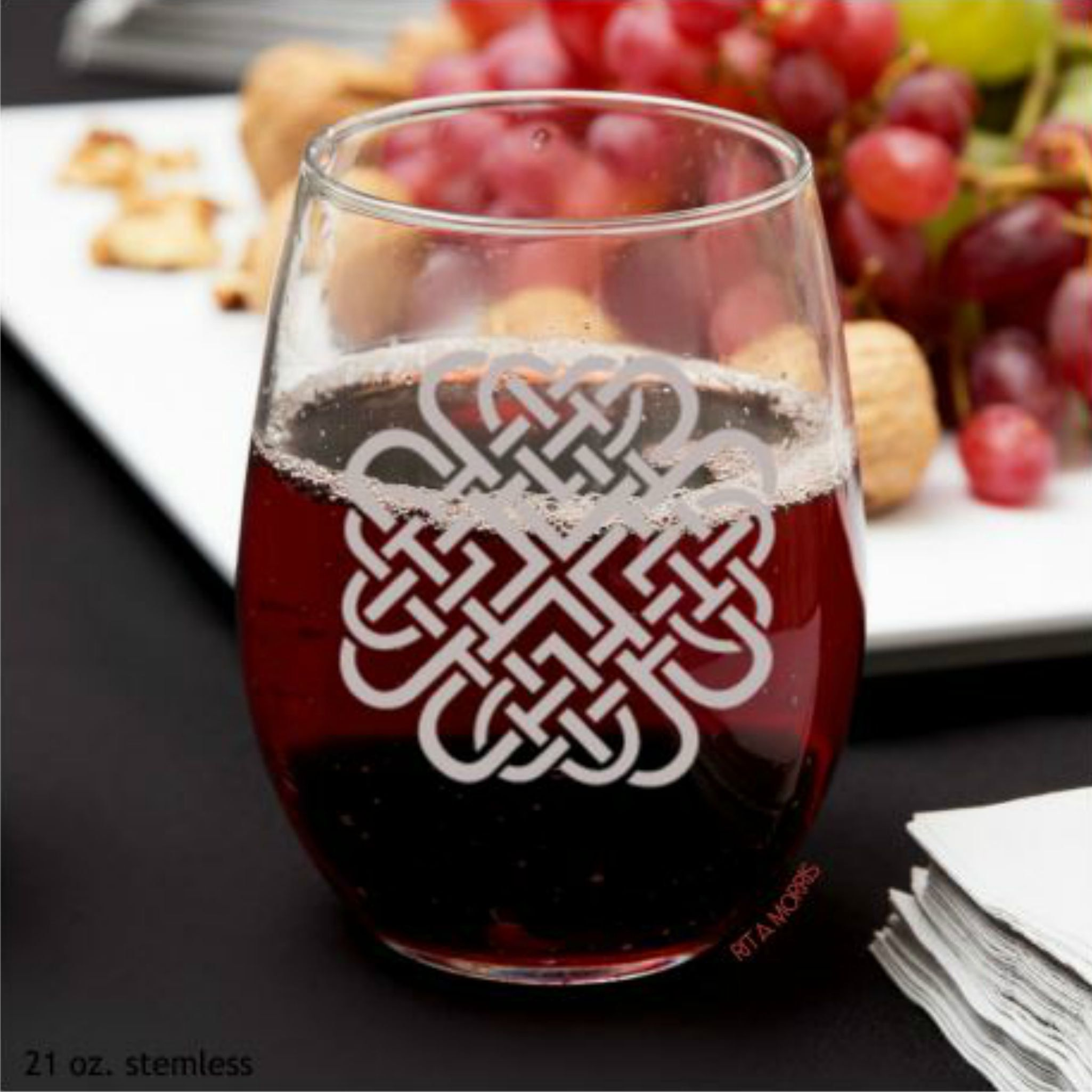 Four Leaf Clover Wine Glass St Patrick S Day Home Decor Celtic Irish Home Etched Wine Glass Wine Glass Wine