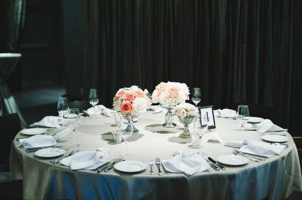 Wonderful Modern Chicago Wedding. Round Table ...
