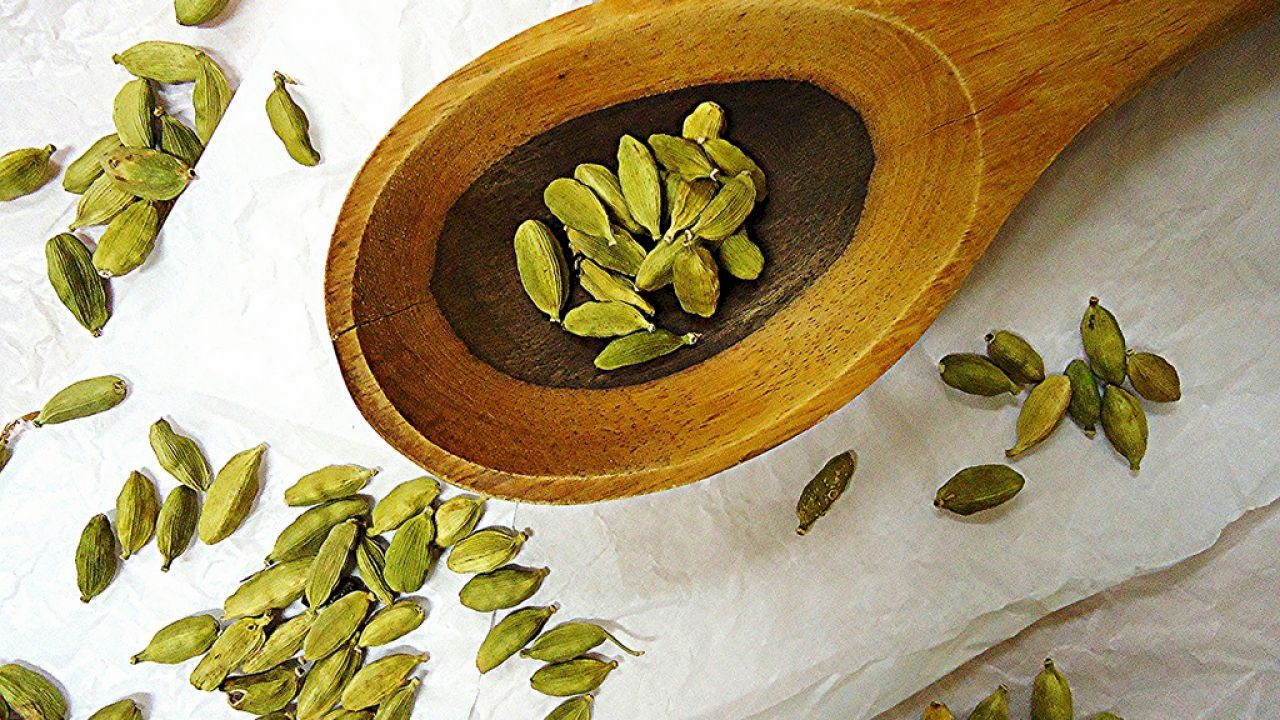 فوائد الهيل للرجيم Cardamom How To Make Tea Healthy Benefits