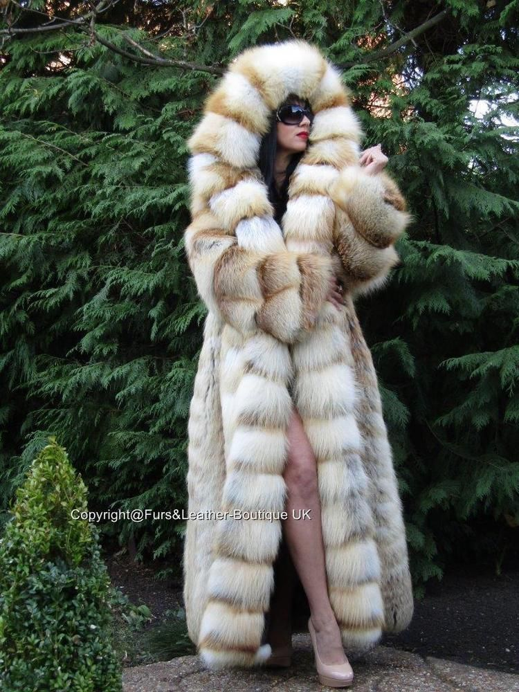 new royal saga golden island fox fur long swing coat massive hood fuchs xxl fox fur fur and. Black Bedroom Furniture Sets. Home Design Ideas