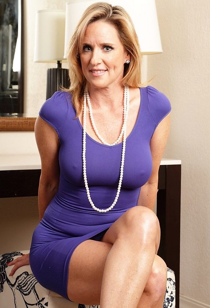 Amateur mature ladies photos