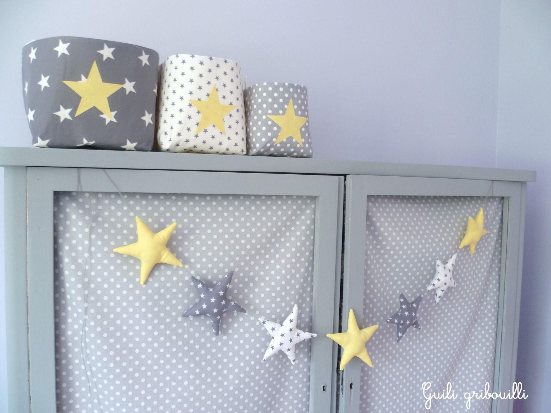 Guirlande d\'étoiles gris/ blanc/ jaune : Décoration pour enfants ...