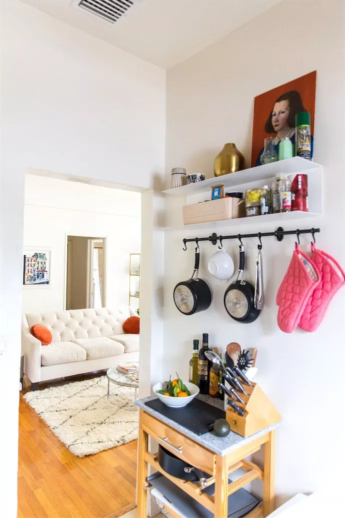 How to Maximize Your Space in a Studio Apartment