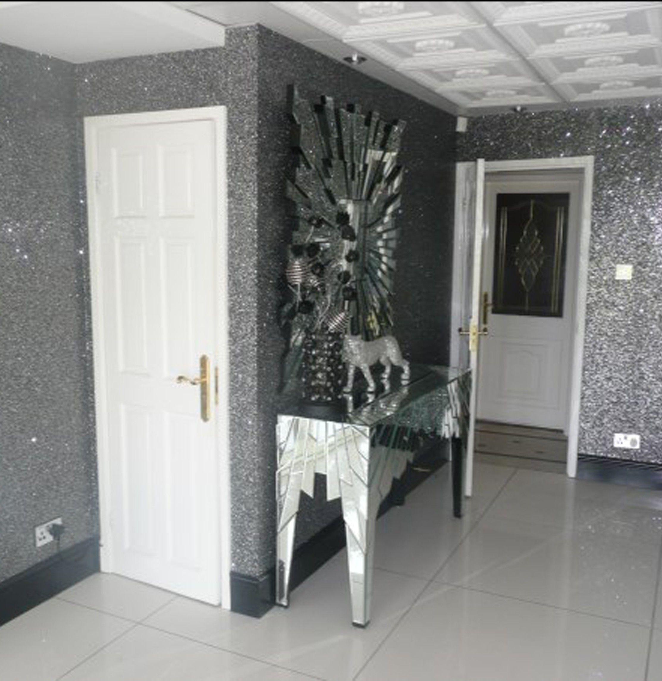 Glitter walls google search decorating pinterest for Glitter wallpaper living room