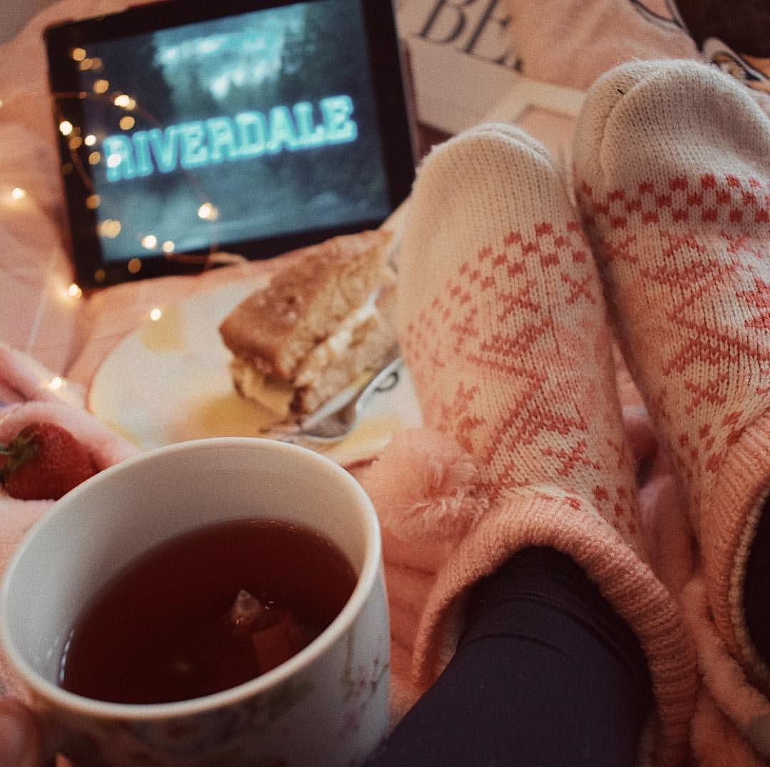 Riverdale Aesthetic Cosy Night In Memes Riverdale Aesthetic Cosy Night In Cosy Aesthetic