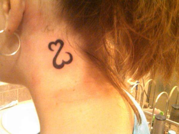 Kinda Combines Infinity Symbol With Hearts Tattoospiercings
