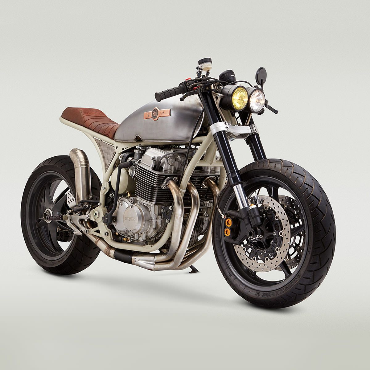 Star Struck A NASA Inspired Honda CB 750 Cafe Racer