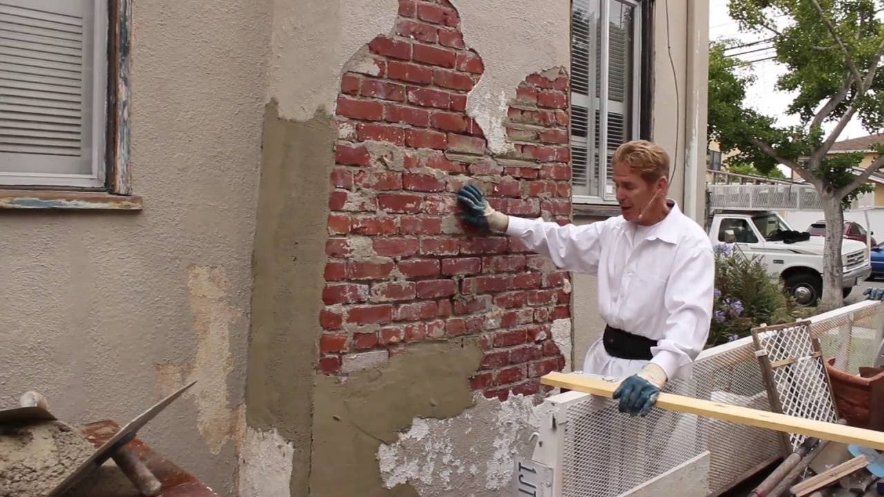 Sand And Cement Plastering Rendering On A Brick Chimney Brick Chimney Concrete Block Walls Brick Wall