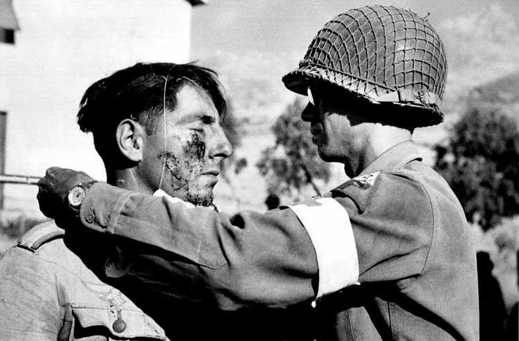 Robert Capa In Italy Foto Magnum Robert Capa E Fotografia