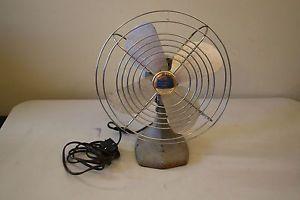Vintage Manning Bowman Table Top Electric Fan Model 41