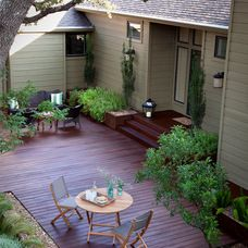 traditional deck by austin outdoor design