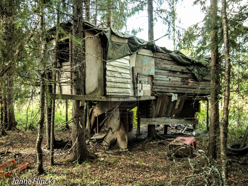 abandoned treehouse from the deviantart page big