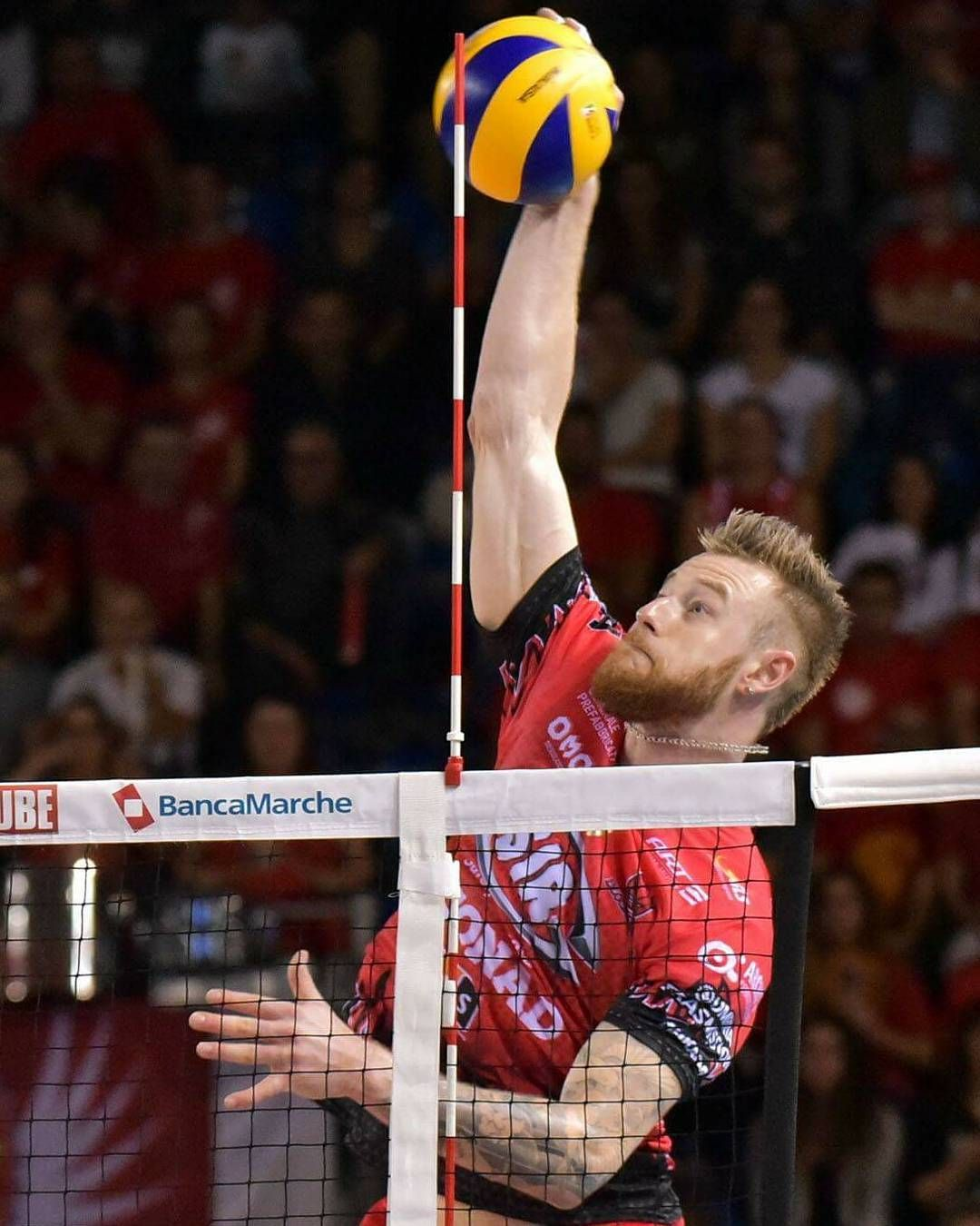 Mi Piace 252 Commenti 4 Ivan Zaytsev Lo Zar Del Volley Su Instagram The Best Player Volleyball Photography Mens Volleyball Sport Volleyball