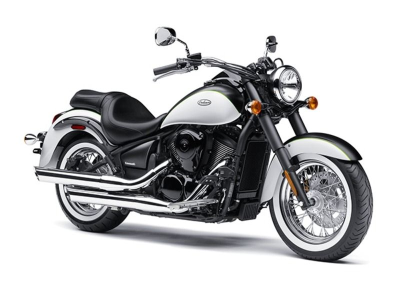 The Vulcan 900 Classic Is A Midsized Cruiser With Timeless Good