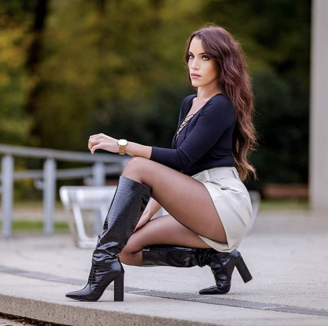 Pin auf Beauty in High Boots