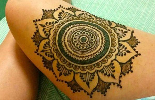 Round Flower Mehndi Designs : Stylish circle thigh mehndi art ideas fashion pinterest