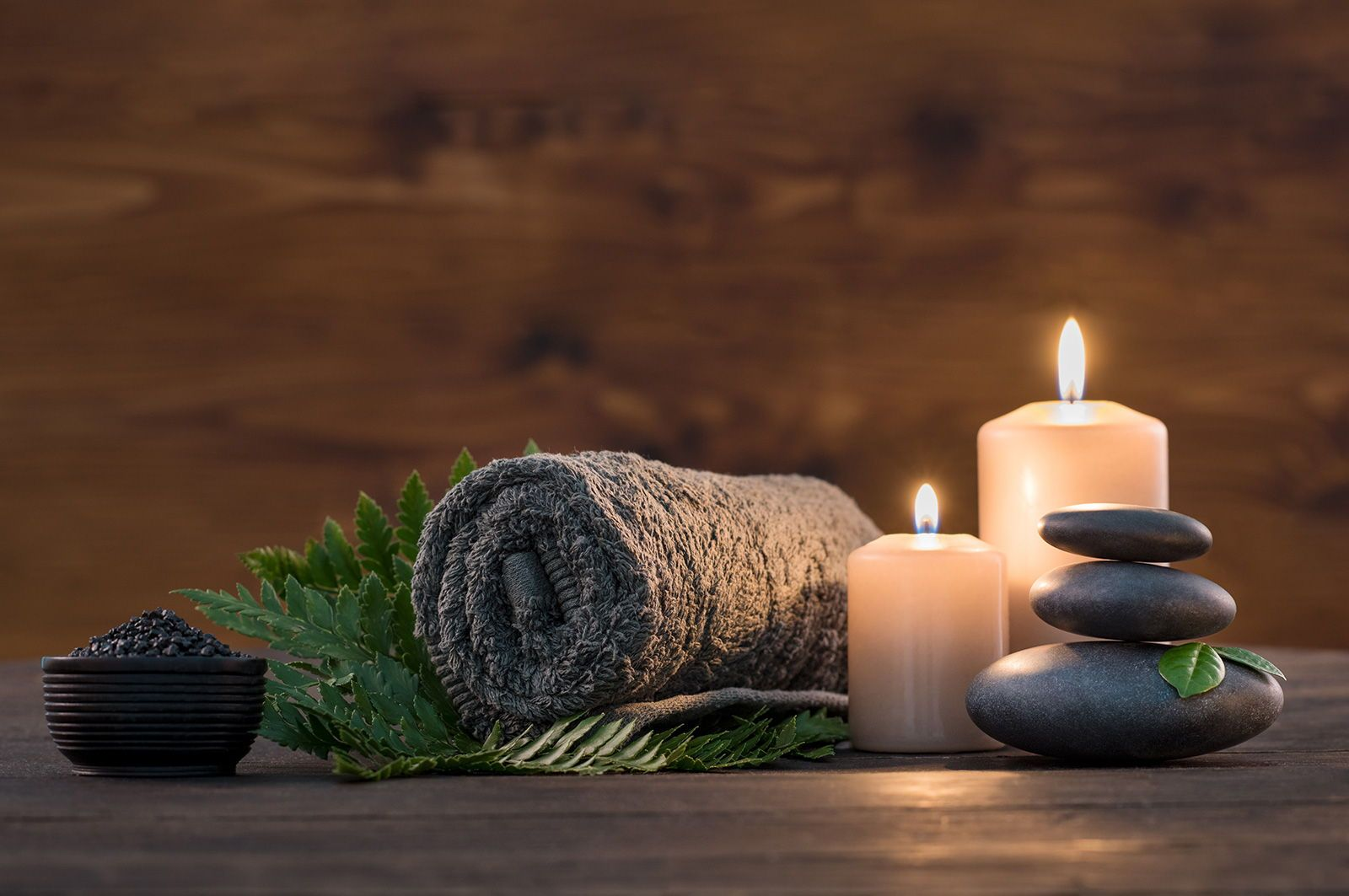 Spa Trends 2020 All The Newest Trends You Re Craving Iconic Life Hot Stone Massage Stone Massage Massage Pictures
