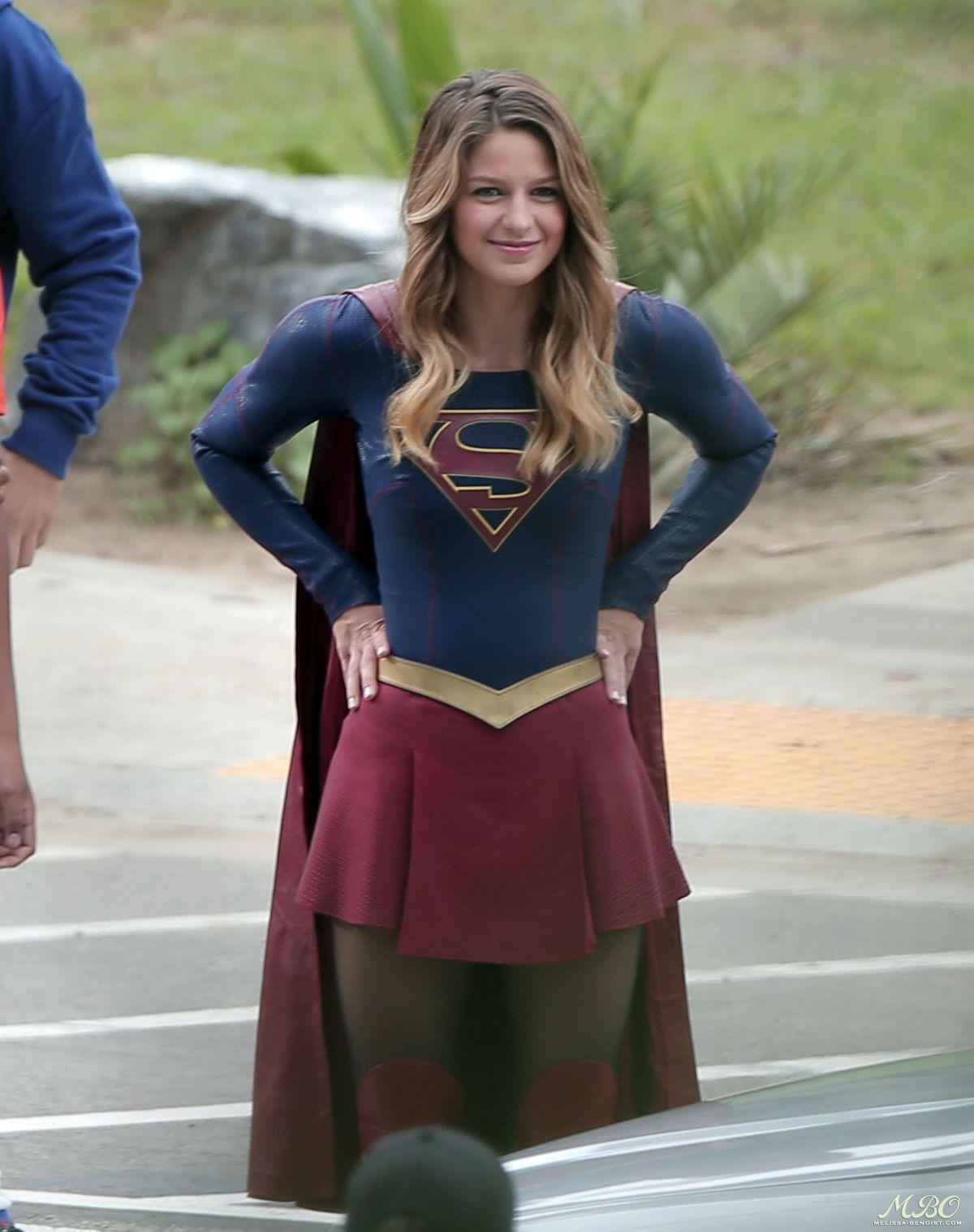 img@@@.imagetwist.com0 melissa-benoist-on-the-set-of-supergirl-in-