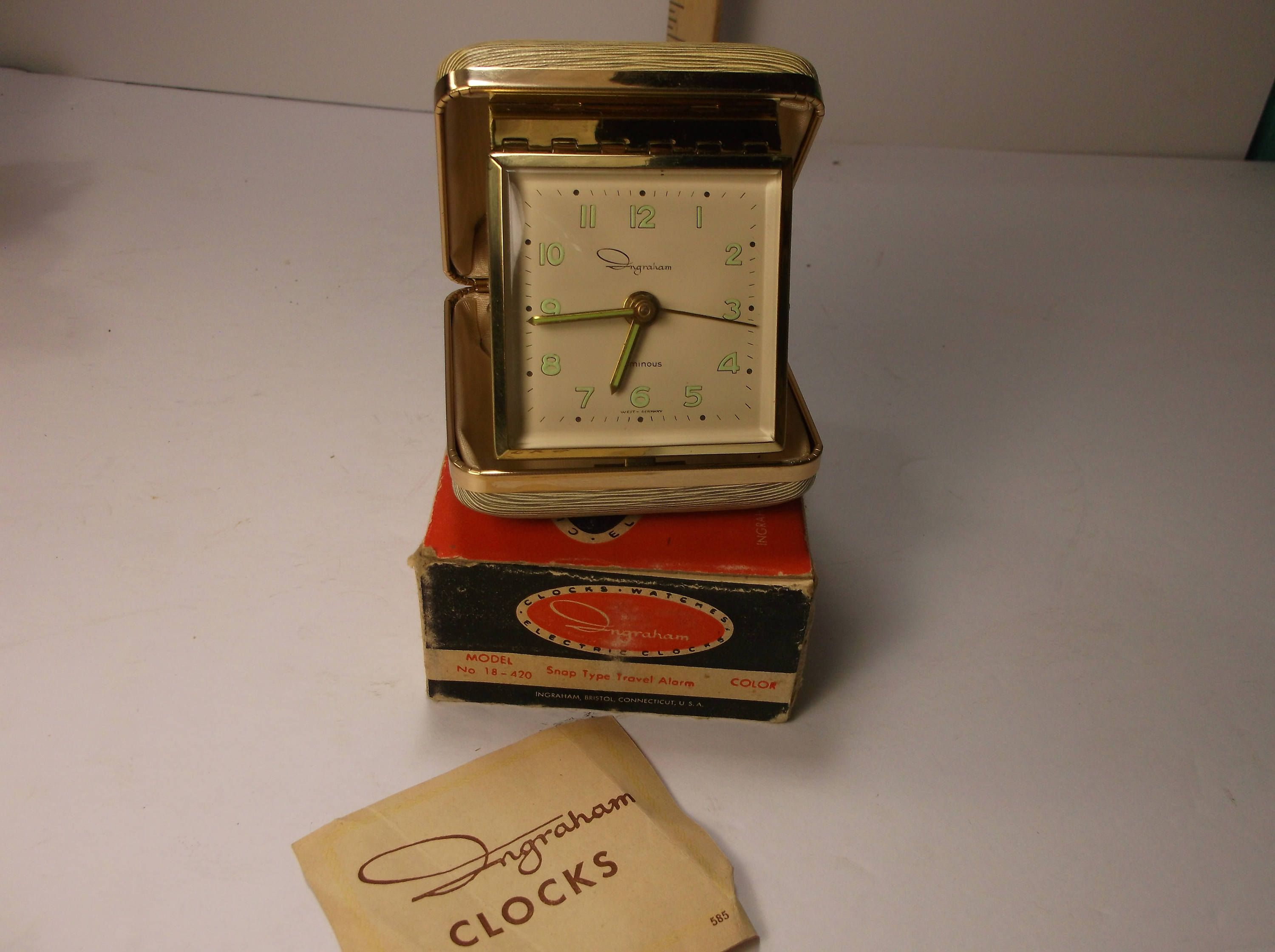 Travel Alarm Clock Vintage Ingraham Wind Up In Excellently Great Condition Mint In Box .epsteam by retroricks on Etsy