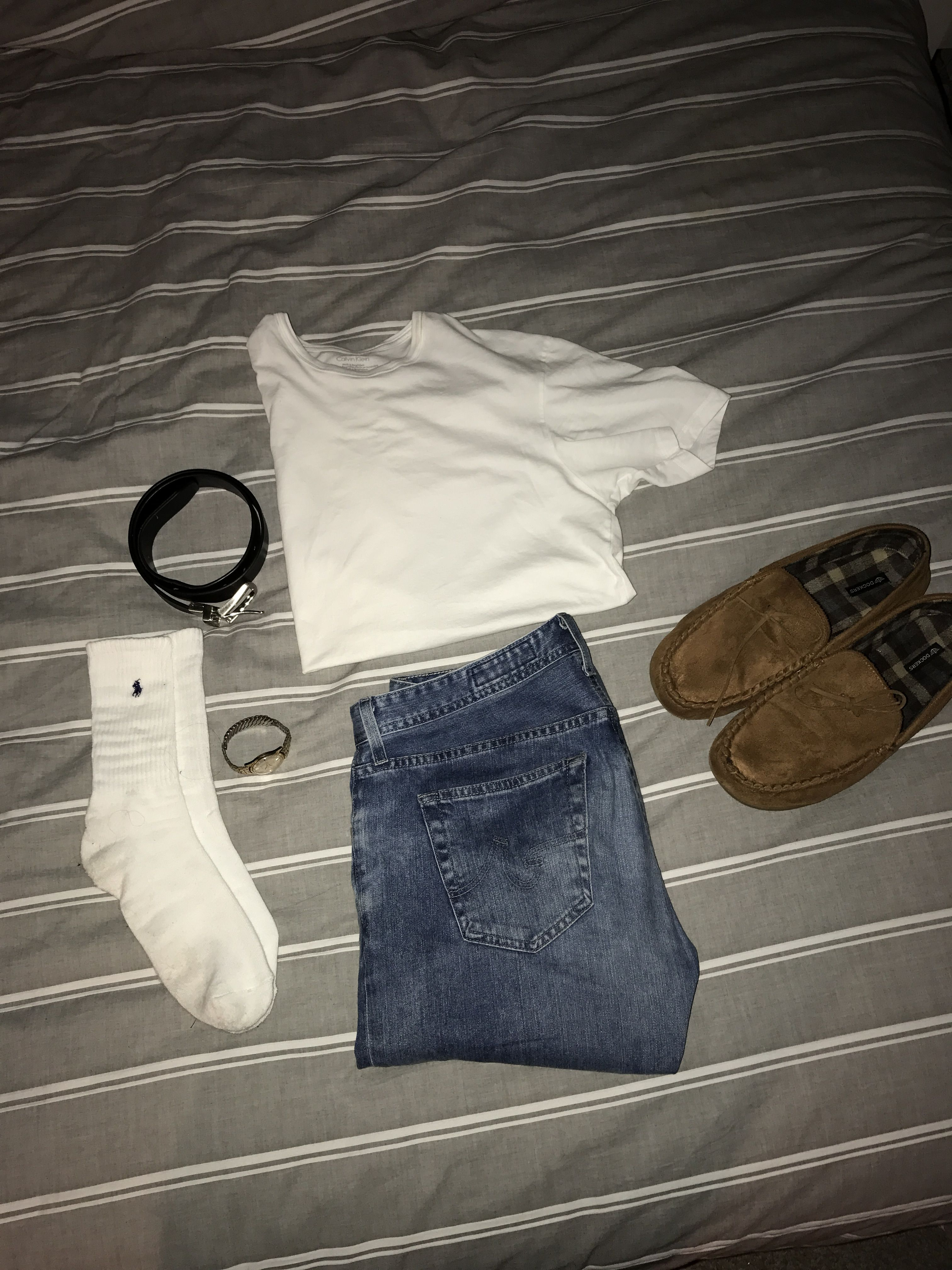 #simple #white #comfy #mocassins #poloralphlauren #AGdenim #CalvinKlein #Timex casual spring/summer ideas