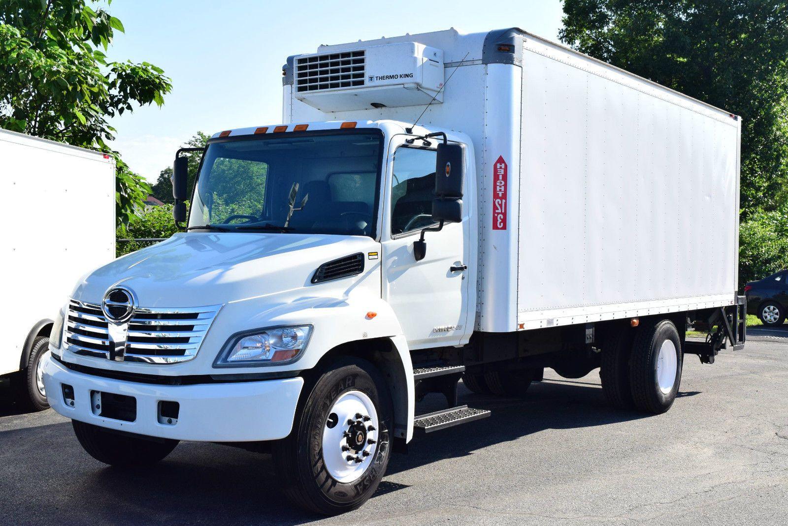 2010 Hino 268 Box Truck Trucks For Sale Trucks Hino
