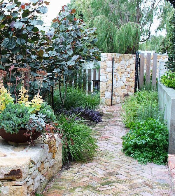 Garden Design Narrow Space garden design for a long, narrow space | courtyard gardens