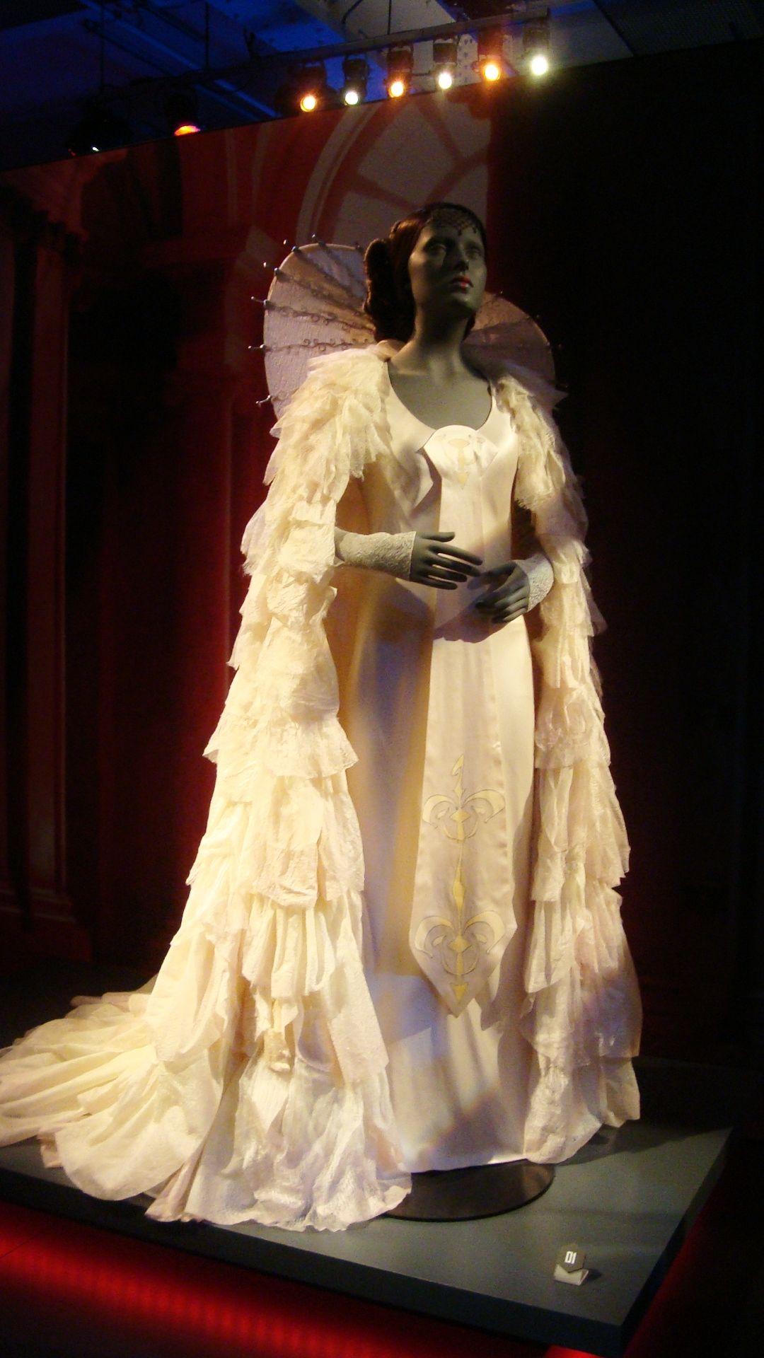 Queen Amidala Celebration gown Designed By Trisha Biggar for Star ...