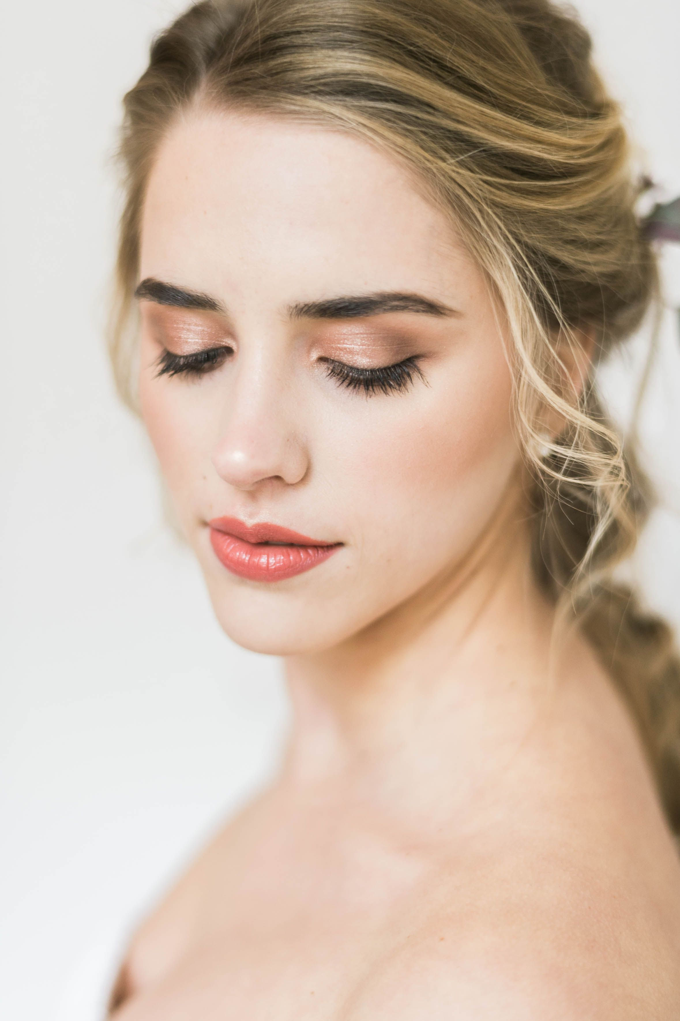soft romantic wedding makeup in earthy & warm tones by