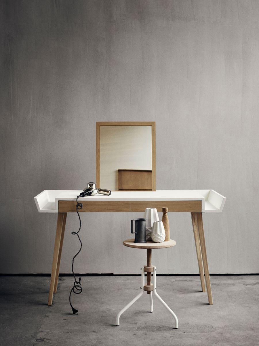 bolia une marque de mobillier scandinave coiffeur chambre parents et id e bricolage. Black Bedroom Furniture Sets. Home Design Ideas