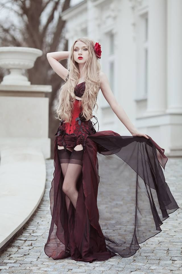 Model, photo: Absentia Corset: Royal Black Couture ... - photo#45